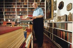 José Mindlin e seus livros: paixão.